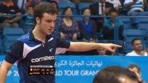Tennis de table -  La démonstration du français Simon Gauze