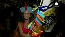 Brasile, a Carnevale festa e protesta pro-topless