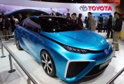 Toyota shows hydrogen-fueled car at CES