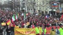 Les militants pro-vie défilent à Paris sous les couleurs espagnoles
