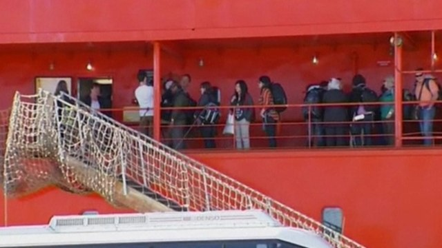 Stranded Antarctica passengers back in Australia
