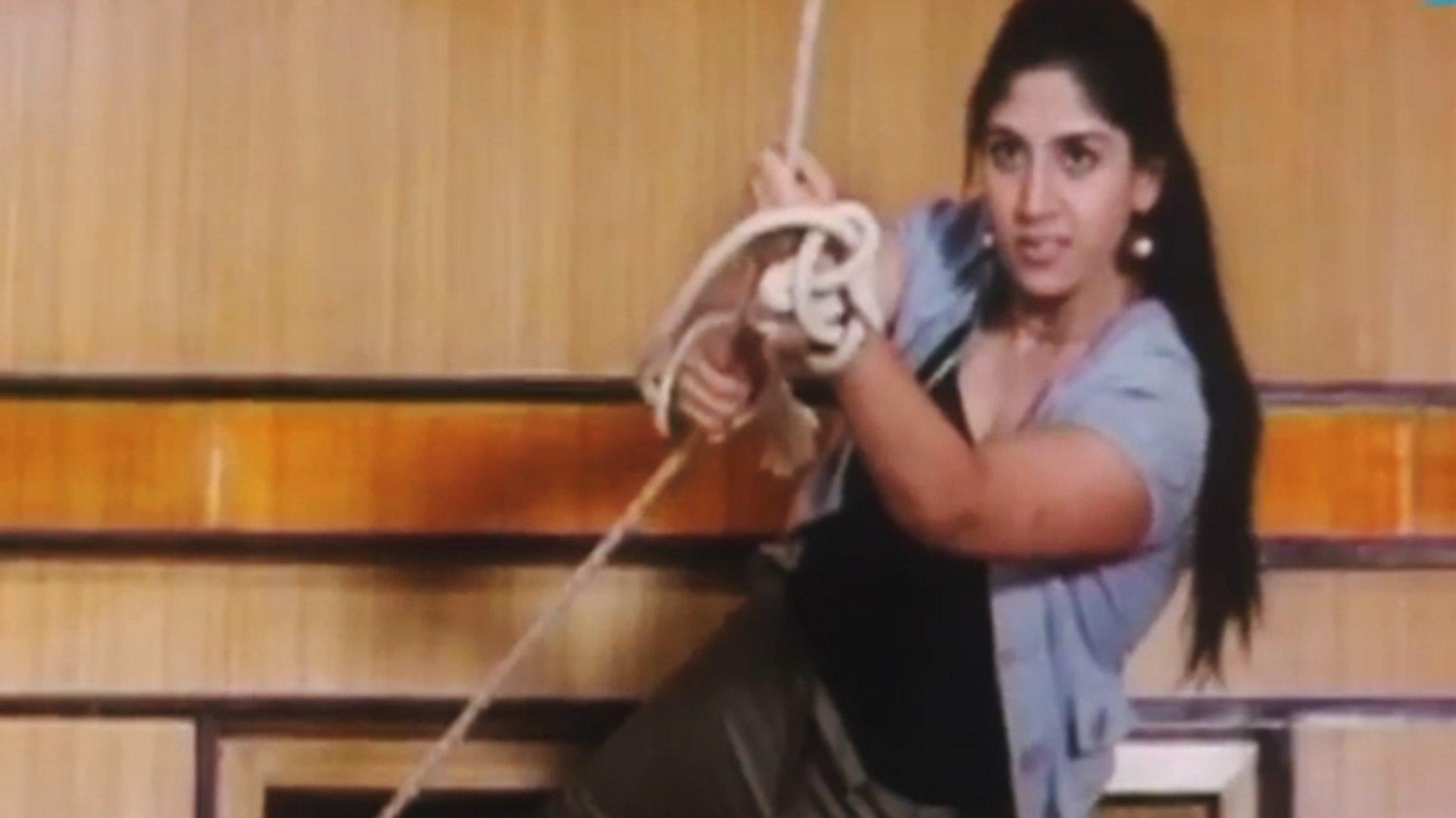 Ayesha Last Fight Scene | Lady Bruce Lee | Malayalam Movie Scene