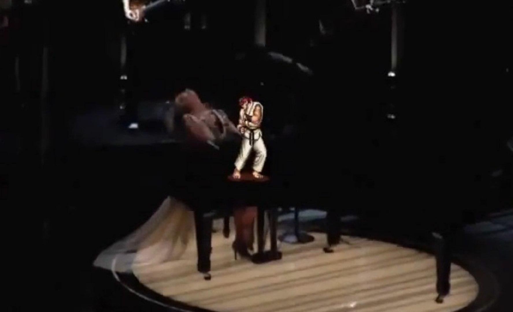 Taylor Swift attaquée par Ryu au Grammy Awards 2014!! Street Fighter !!