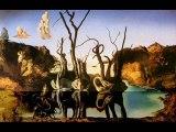 Dali. Cygnes reflétant des Éléphants.1937.Surréalisme.