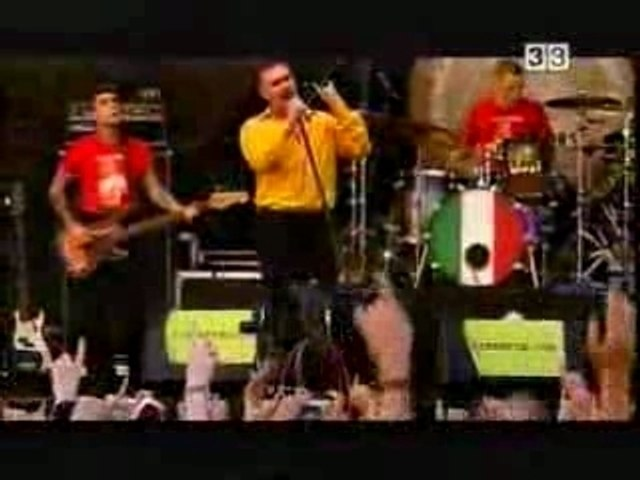 Morrissey - Panic  live