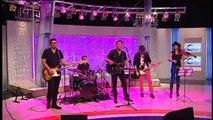 """TV3 - Els Matins - Projecte Mut interpretant """"No t'estim"""", cançó estel·lar del seu nou disc: """"Co"""
