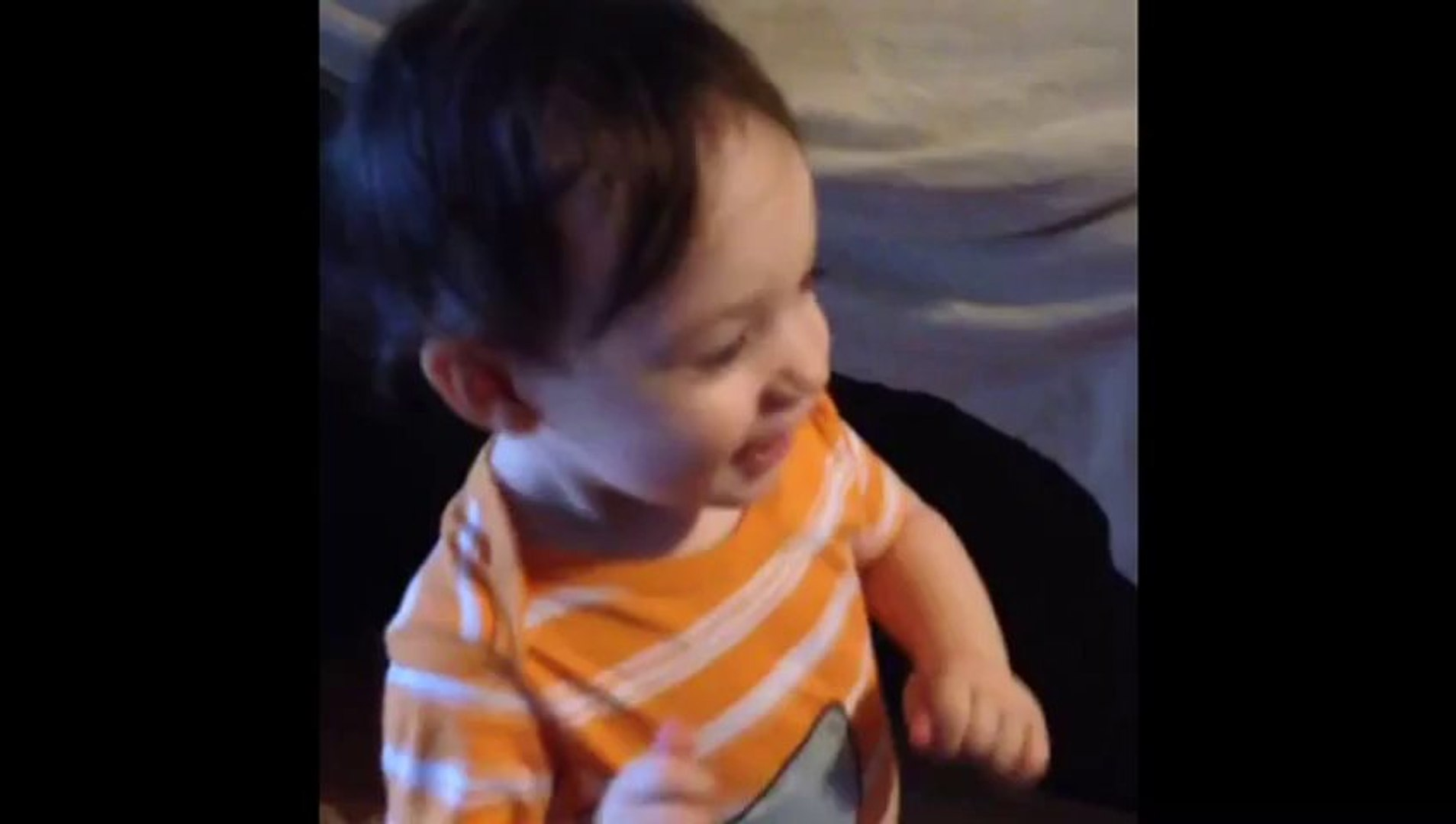 Baby Adorably Starts Dancing On The Parks And Recreation Theme Song !!