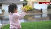 İlk kez yağmur gören bebeğin sevinci