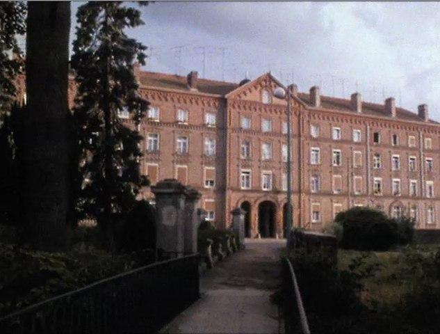 Le palais social 1985 réalisation Anne-Marie Faure sujet le Familistère de Guise dans l'Aisne (02)