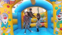 location de chateau gonflable marseille 06 98 705 896 jeux gonflable adultes, structure gonflable enfants