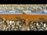 Tren raylarından cep telefonu şarj etmek