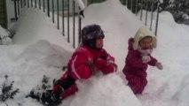 Cypriane et Honorine neige fév 2014