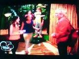 Austin Y Ally Chapters and Choices Parte del Beso de Austin y ally y Kira Lo Roba