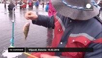 """Estonie :  les pêcheurs rêvent du gros lot  au """"Golden Fish"""" festival"""