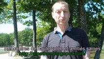 Blog de rencontres - Raphaël Zacharie de IZARRA Farrah Fawcett peint des lunettes et des limaces sur le goudron de la route
