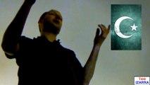 La France déshumanisée (Mohamed Merah) - Raphaël Zacharie de IZARRA Farrah Fawcett ramasse la poussière du bac à glace avec la serviette du radeau médusé