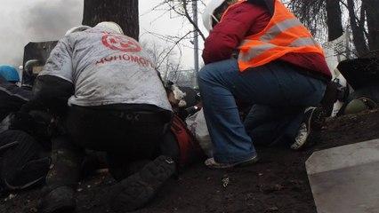 Sous les balles des snipers à Kiev (Jérôme Sessini, agence Magnum)