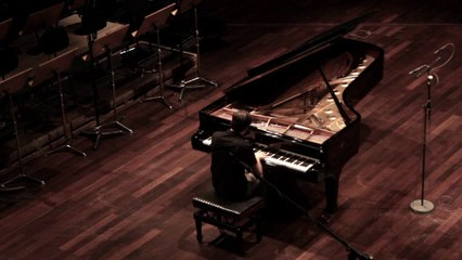 Francesco Piemontesi plays Mozart #4