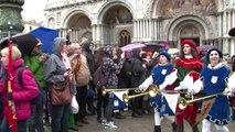 Italie: coup d'envoi du carnaval de Venise