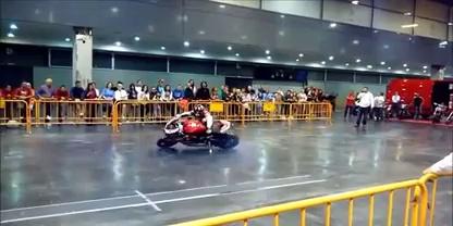 Ducati Stunt : FAIL!