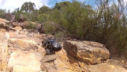 JRC Productions - Vaterra RC Twin Hammers 1.9 Rock Racer Running Video!