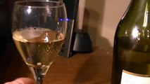 ▶ World Wine Review Domaine Grand Tradition Cotes Du Jura Blanc 2009 (Jura wine region France)