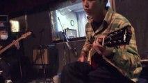 2014年2月24日月曜日岩国駅前のスタジオでバンドの録音風景をipadAirで撮影
