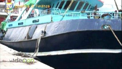 Trasportavano 18 tonnellate di hashish su due pescherecci, arrestati 25 scafisti a largo di Pantelleria