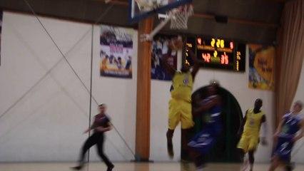 Kevin Tshefu (Coulommiers) au dunk