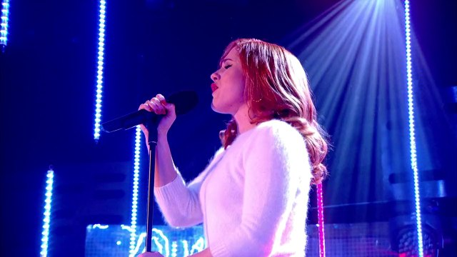 Katy B - Crying For No Reason - The Graham Norton Show 2014.01.24
