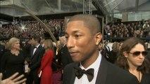 Pharrell Williams wears shorts to the Oscars