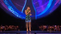 Lily Allen - is she DRUNK? Lily forgets BRITs lines