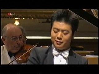 FRÉDÉRIC CHOPIN: Klavierkonzert Nr. 1 e-Moll op. 11 (Lang Lang)