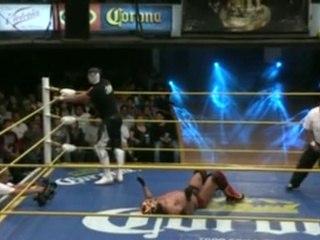 La Sombra vs Dragón Rojo Jr. for the NWA World Middleweight Championship