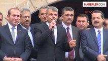 """Bakan Çelik Taşeron İşçilerin Mitingine Katıldı: """"Taşeron İşçilerin Durumunu İyileştireceğiz"""" (03.03.2014)"""