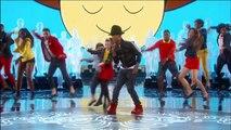 Lupita Nyong'o Dances to Pharrell Williams 'Happy' at the Oscars