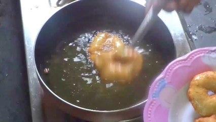 Ulli Garelu - Onion Wada Preparation in Telugu
