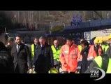 """Lupi al cantiere Tav: entro 2015 tunnel di Chiomonte sarà finito. Ma le proteste continuano, sventolano bandiere """"No Tav"""""""