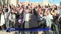 Municipales: l'anti-campagne de Pape Diouf à Marseille