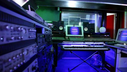 """AMAZING STUDIO BY DJ MAZE"" Locations / préstations audio video photo"