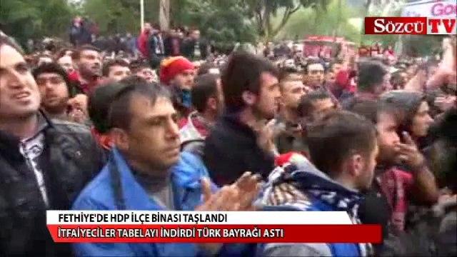 Fethiye'de HDP binası taşlandı