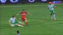 Tacle violent de Rubén Rayos au championnat d'Israël
