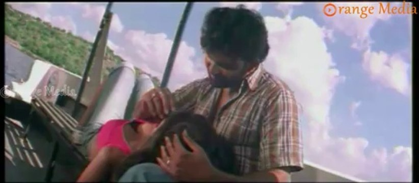 Monalisa Romance In A Boat  From Udrekam Movie