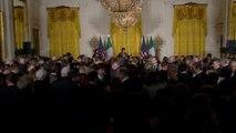 Obama hails U.S.-Irish ties at annual shamrocks ceremony