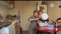Vivolta - Les amitiés entre enfants (Humour entre amis) - 08-05-2013 13h08 17m (3808)