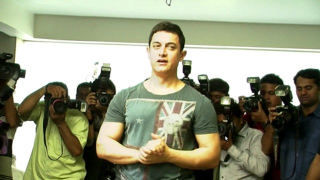 Aamir Khan Celebrates Birthday With Fans And Media