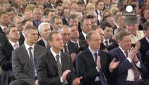 Vladimir Putin signs treaty to incorporate Crimea into Russian federation
