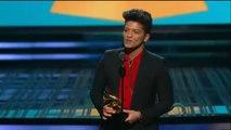 Review :Bruno mars   wins Best pop vocal album grammys 2014  Grammys 2014