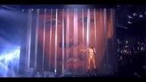 Miley Cyrus - Wrecking Ball live  at MTV EMAs  - kastake-review - #MTVEMA Miley Cyrus