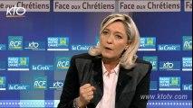 La présidente du FN appelle les électeurs catholiques à être l'avant-garde de la défense des valeurs traditionnelles